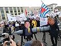 Menschenkette gegen Atomwaffen (38467241422).jpg