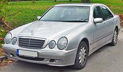Mercedes E 270 CDI Elegance (W210 Facelift, 1999–2002) front MJ.JPG