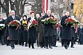 Ministru prezidents Valdis Dombrovskis piedalās ziedu nolikšanas ceremonijā pie Brīvības pieminekļa (6357968729).jpg
