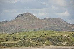 Moel y Gest from Criccieth Castle (8387)