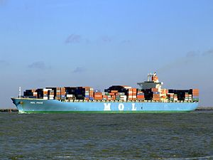 Mol Pace p3, leaving Port of Rotterdam, Holland 25-Jan-2007.jpg