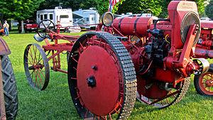 Moline Plow Company - A restored Moline Universal.
