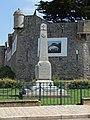 Monument aux Morts, Noirmoutier-en-l'Île, Pays de la Loire, France - panoramio.jpg
