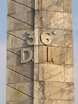 Monument des Basques - IMG 3139-cropped.jpg