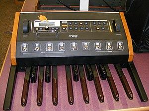 Moog Taurus - Image: Moog Taurus 3