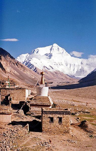 381px Mount Everest from Rombok Gompa, Tibet