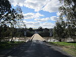Murrumbidgee River at Jugiong, NSW, Australia (Bundarbo Road Bridge).JPG