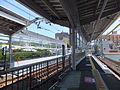 Nakameguro Station Platform, east side stretched area.jpg