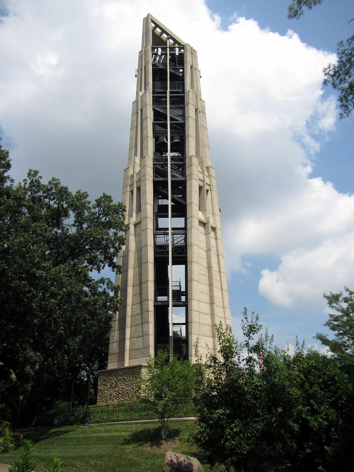 Moser Tower And Millennium Carillon Wikipedia