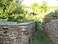 Narrow passage in Hartley village - geograph.org.uk - 1408278.jpg