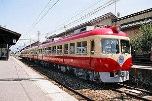 Nagano Electric Railway 2000 series - Image: Ner 2000d 20070825 250 f 8 obuse