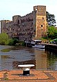 Newark Castle from the Lock - panoramio.jpg