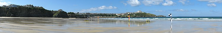 Newquay panorama from Tolcarne Beach.jpg