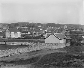 Newton Village, Porthcawl (4641586).jpg