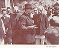 Nicolae Iorga intre alegatori - 1931.jpg