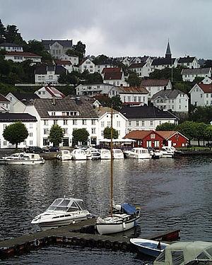 Tvedestrand - Image: Norway Aust Agder Tvedestrand Pier 2000