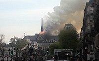 Notre Dame fire beginning.jpg