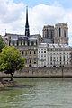Notre Dame tejados y flecha 01.JPG