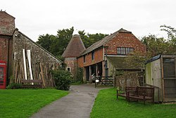 Oast House at Heaven Farm, Furner's Green, East Sussex - geograph.org.uk - 957313.jpg