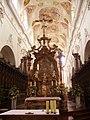 Ochsenhausen Kloster Ochsenhausen St. Georg Innen Volksaltar 1.jpg