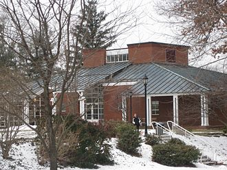 Miss Porter's School - The Olin Arts and Science Center