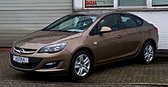 Opel Astra J po face liftingu w wersji sedan