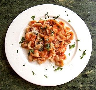 Pasta al pomodoro - Image: Orecchiette al Pomodoro