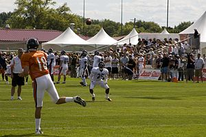 Kyle Orton - Orton throws a pass to Garrett Wolfe.