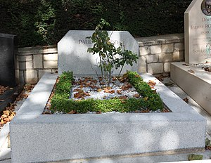 1952 in poetry - Grave of Paul Éluard