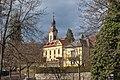 Pörtschach Kirchplatz Pfarrkirche hl. Johannes der Täufer SO-Ansicht 02032019 6083.jpg