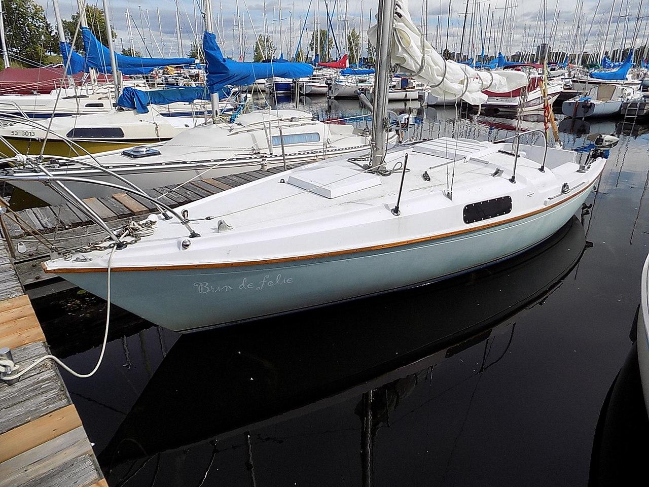 Paceship 23 sailboat Brin de Folie 1359.jpg