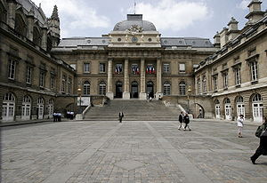 Palais de Justice, Paris - The Cour du Mai.