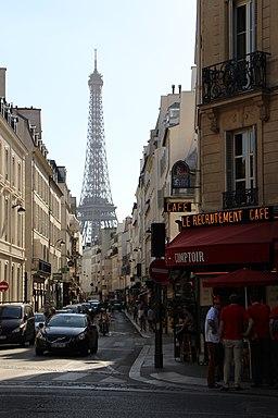 Paris 75007 Rue Saint-Dominique x Boulevard de La Tour-Maubourg 20150607