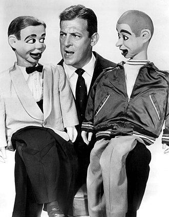 Paul Winchell - Winchell with Jerry Mahoney and Knucklehead Smiff (right) in 1958.