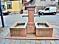 Petite fontaine à deux bacs, rue maréchal Foch.jpg
