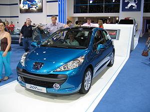 Peugeot 207 Sport - Flickr - robad0b.jpg