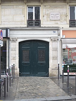 Photo of Gustave Flaubert white plaque