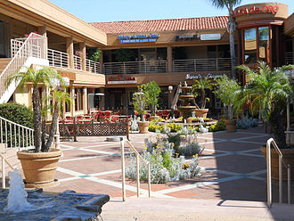 Encino, Los Angeles - Plaza De Oro Shopping Center, Ventura Boulevard