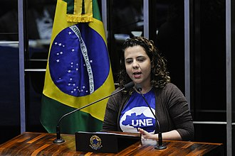 National Union of Students (Brazil) - Giving a speech at the Senate, UNE's current president, Marianna Dias.