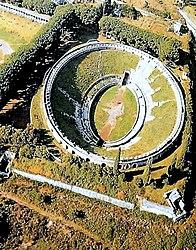 Veduta aerea dell'anfiteatro romano di Pompei.
