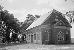 Pompion Hill Chapel (Berkeley County, South Carolina).jpg