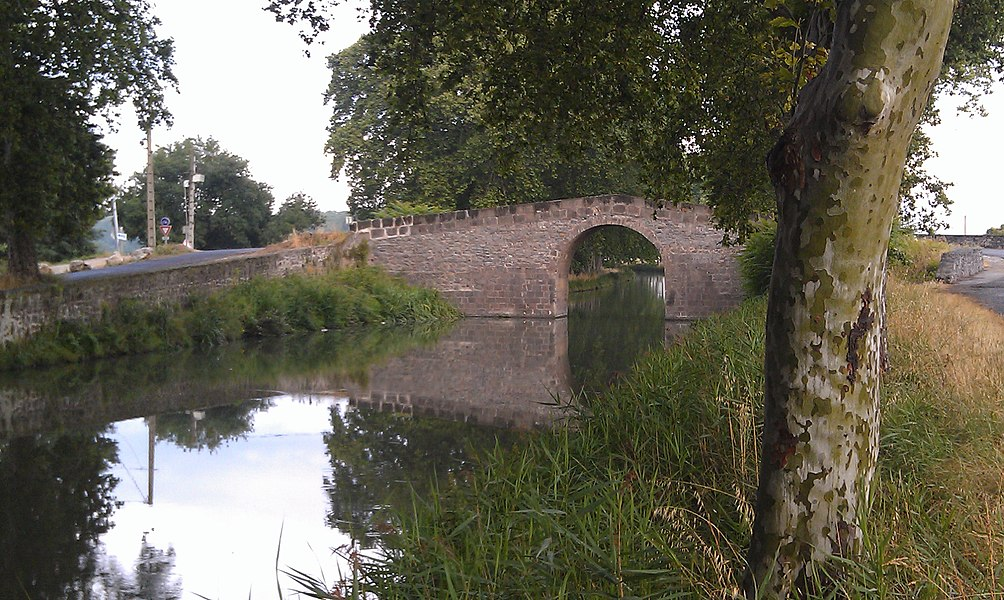 Canal du Midi - Pont de Roque Haute, à Portiragnes dans l'Hérault (France)