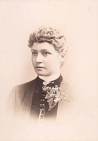 Portrait of Pattie Deakin - Bradley & Rulofson (18225741763)2.jpg