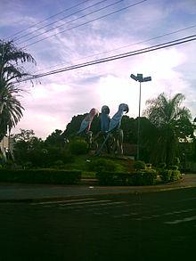 Praça das Araras – Wikipédia a39d7950e8ddf