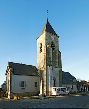 Precy-Le-Sec church IMF9570.jpg