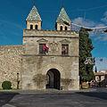 Puerta Nueva de Bisagra (Toledo). Fachada.jpg