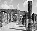 Quadriportico dei Teatri - Scavi di Pompei.jpg