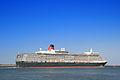 Queen Elizabeth liner-2.jpg