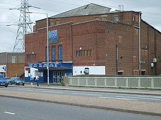Reel Cinemas, UK - Image: Quinton Cinema geograph.org.uk 443912