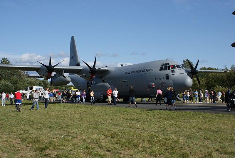 File:RNOAF C-130.JPG